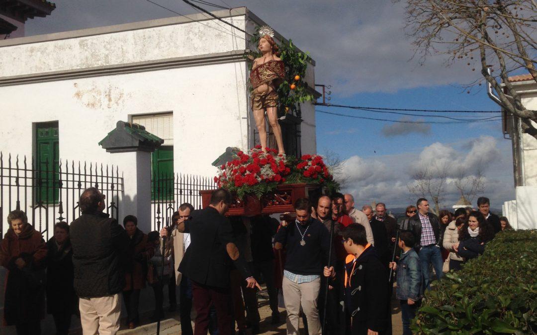 Paso de San sebastian entrando en la plaza del santo llegando al portal del Manuel Camacho