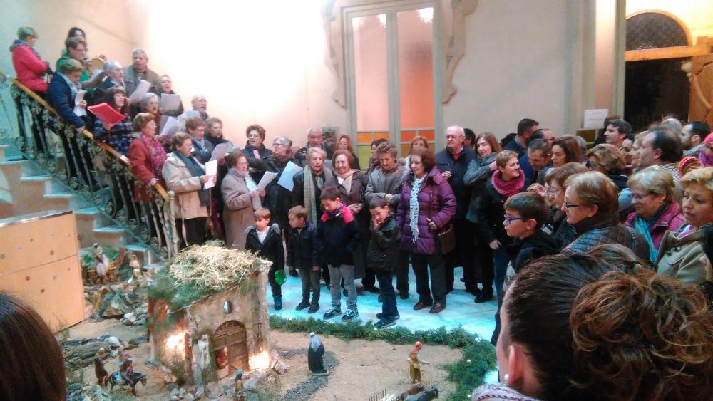 La Navidad llegó a Fuente Obejuna con el encendido del alumbrado navideño y la inauguración de los portales de Belén. 1