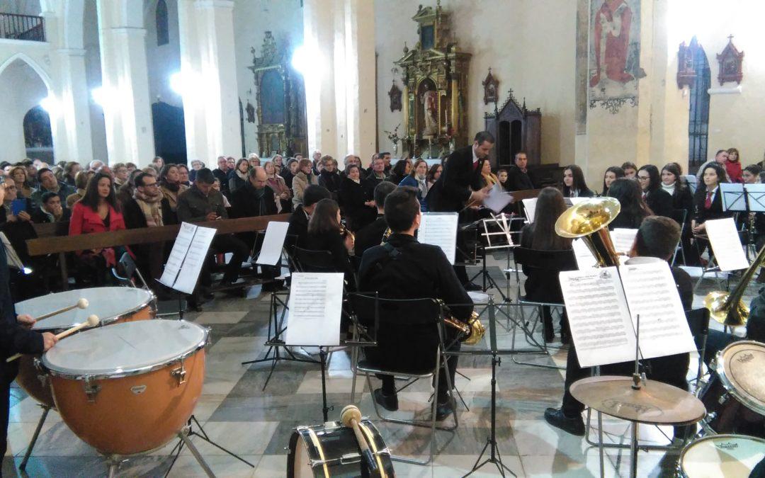 El tradicional concierto de Navidad en Fuente Obejuna se celebró en la Iglesia Parroquial Nuestra Señora del Castillo. 1