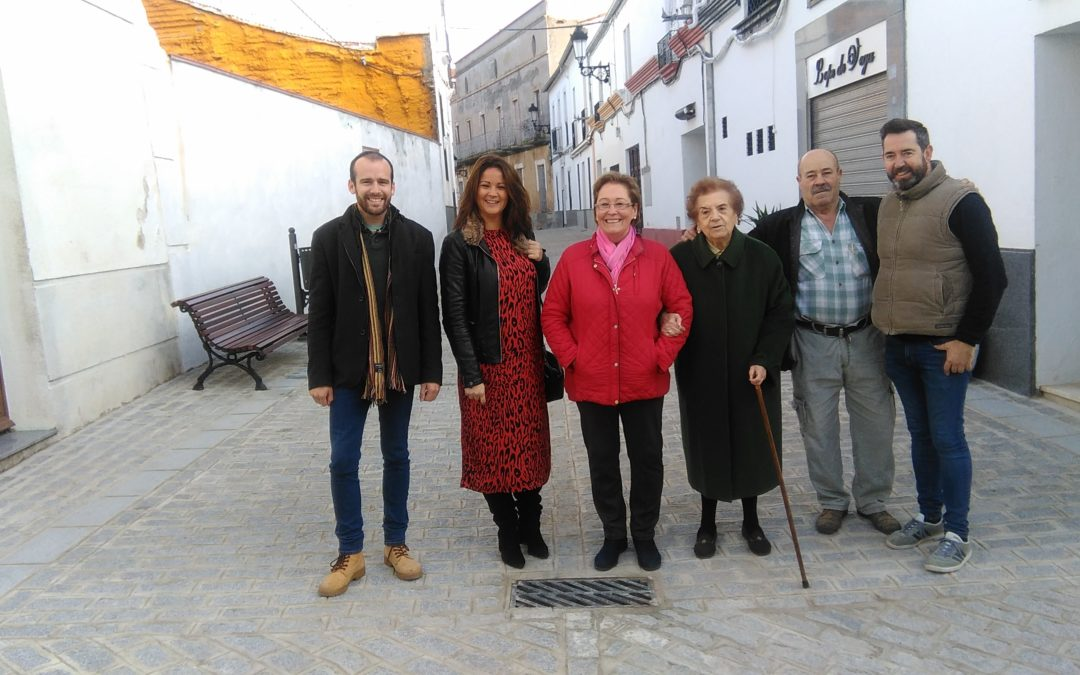 La calle Alcalde Esteban de Fuente Obejuna ya luce totalmente arreglada y será peatonal 1