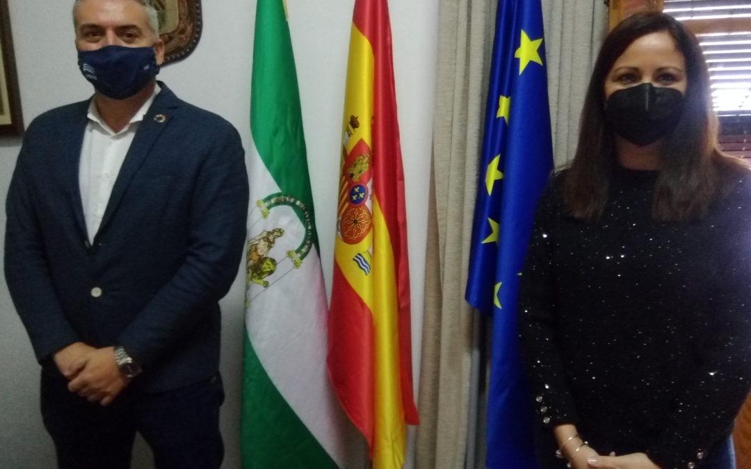 """El diputado Víctor Montoro visita Fuente Obejuna para impulsar el programa """"Aldeas Digitales"""" en Argallón"""